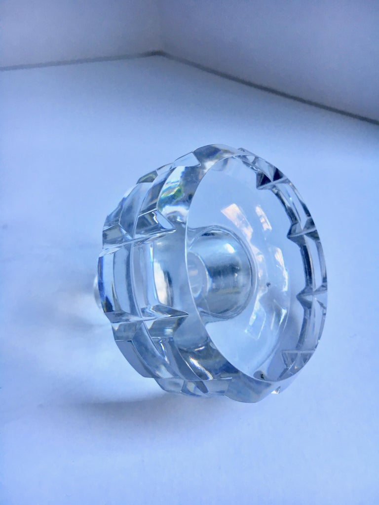 Round Cut Crystal Decanter For Sale 1