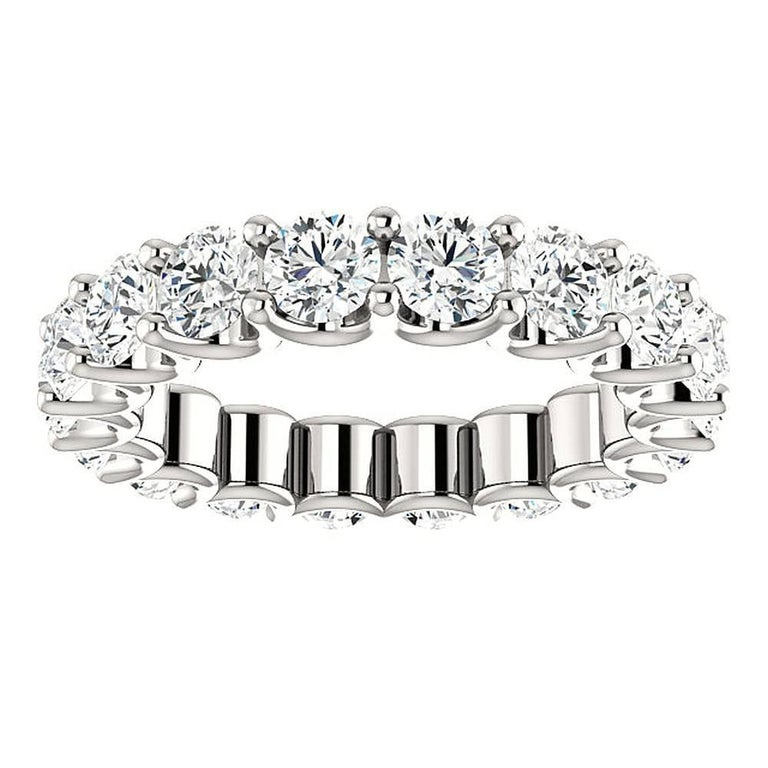Round Cut Diamond Platinum Eternity Band U Prong In As new Condition For Sale In New York, NY