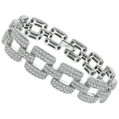 Round Cut Diamond White Gold Bracelet
