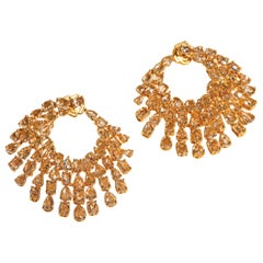 Round Danglers with 20.96 Carat Oval and Rose Cut Diamonds in 18 Karat Gold