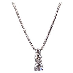 Round Diamond 0.90 Carat Three-Stone Graduating Pendant Necklace 18 Karat Gold