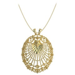 Round Diamond and Gold Cluster Pendent 14K Yellow Gold with Necklace