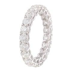 Round Diamond Band Ring in Platinum