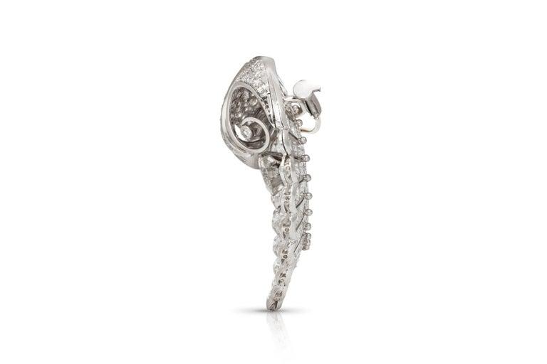 Women's Round Diamond Brooch For Sale