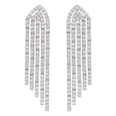 Round Diamond Chandelier Earrings 3.34 Carat in 18 Karat Gold IGI Certified