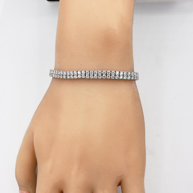Round Cut Round Diamond Gold Double-Row Tennis Bracelet For Sale
