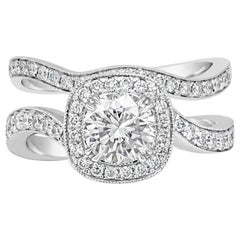 Round Diamond Halo Engagement Ring and Wedding Band Set
