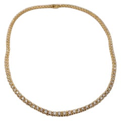 Round Diamond Necklace 5.50 Carat in 18 Karat Yellow Gold