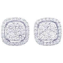 Round Diamond Stud Earring in 18 Karat White Gold