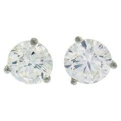 Round Diamond White Gold Stud Earrings