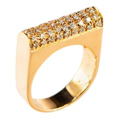 Round Diamond 18 Karat Yellow Gold Band Semi Square Vintage Cocktail Ring