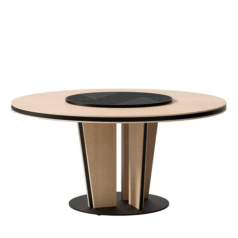 Round Dining Table In New Condition For Sale In Milan, IT