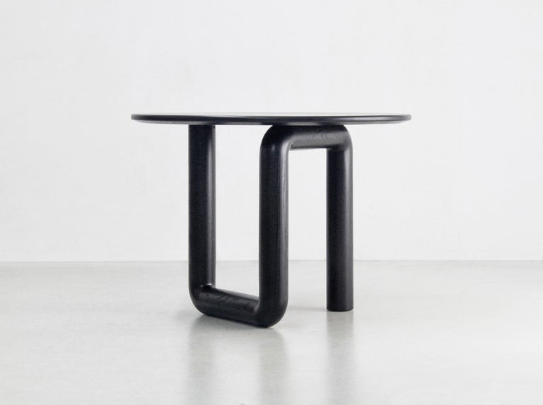 Round Dining Table in Ebonized Ash by Objects & Ideas In New Condition For Sale In Brooklyn, NY