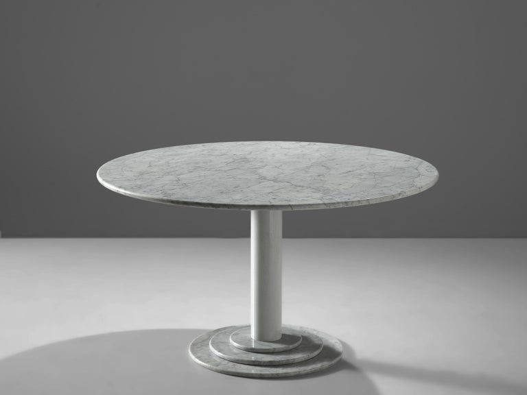 Mid-Century Modern Round Dining Table in White Marble with TON Armchairs in Red Wood For Sale