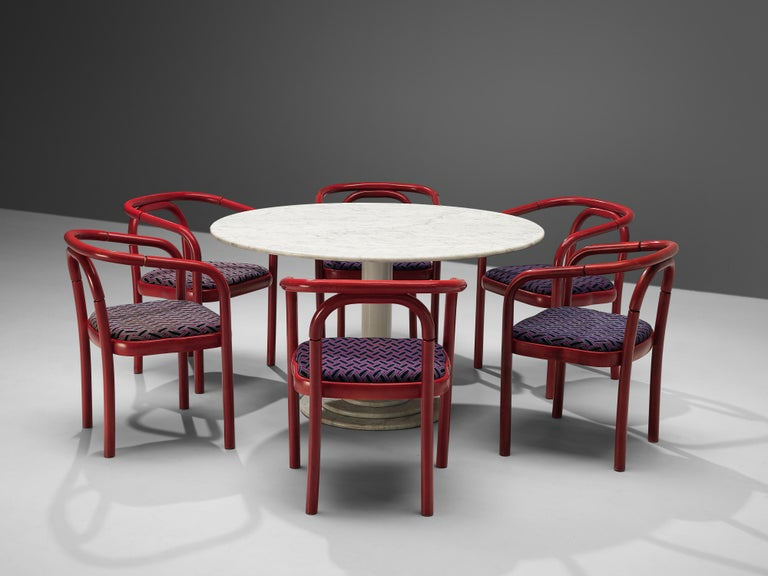 Round Dining Table in White Marble with TON Armchairs in Red Wood In Good Condition For Sale In Waalwijk, NL