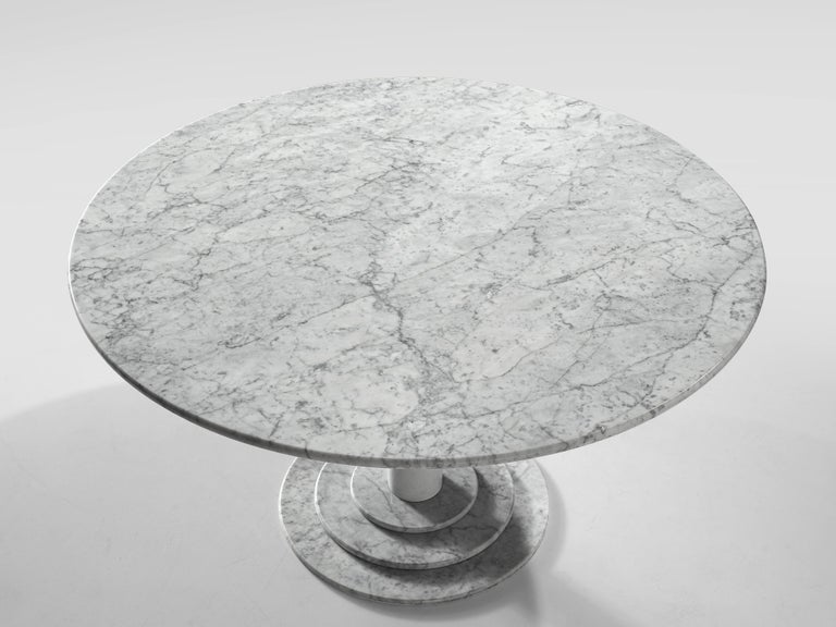 Lacquered Round Dining Table in White Marble with TON Armchairs in Red Wood For Sale