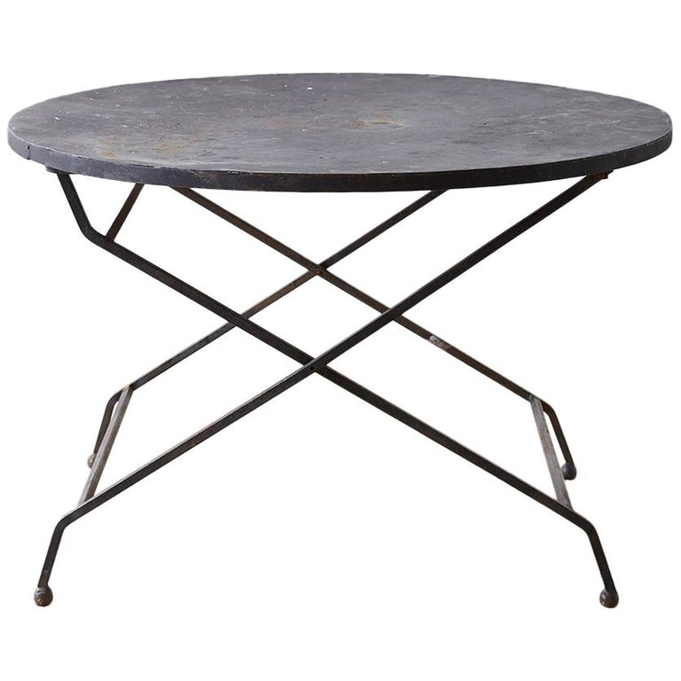 round french wrought iron folding dining table for sale at 1stdibs. Black Bedroom Furniture Sets. Home Design Ideas