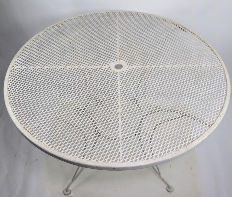 Round Garden Patio Wrought Iron Dining Table For Sale 1