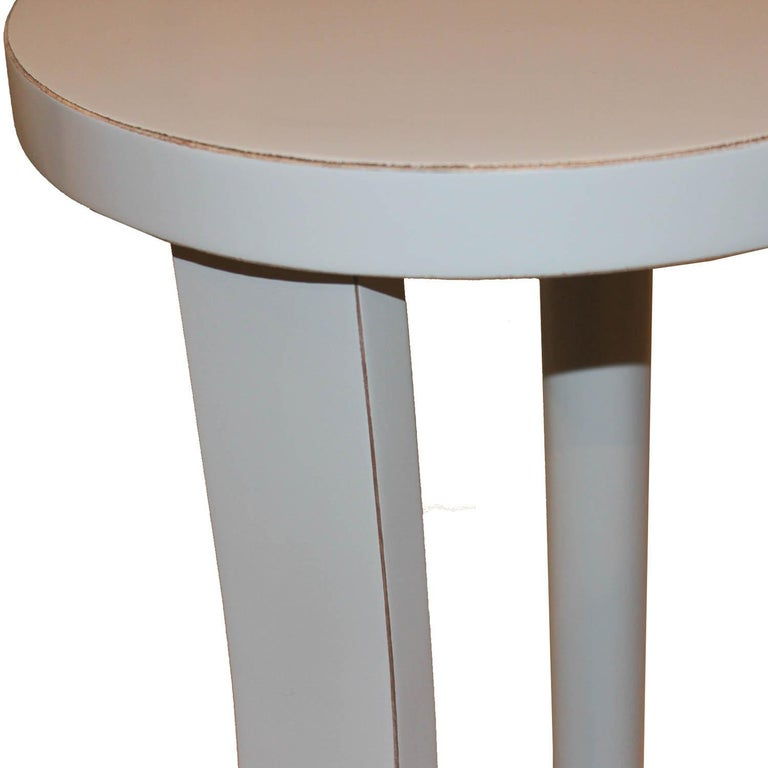 Round Gray Cocktail Table In Good Condition For Sale In San Francisco, CA