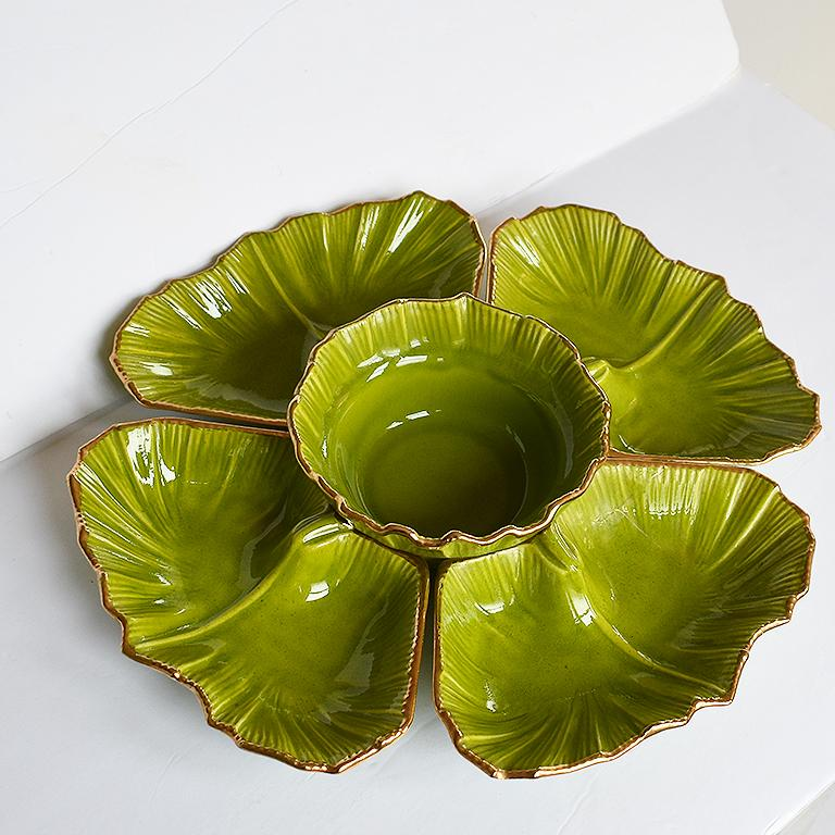 Late 20th Century Round Green 5-Piece Lettuce Motif Chip and Dip Platter with Gold Edges, 1970s For Sale