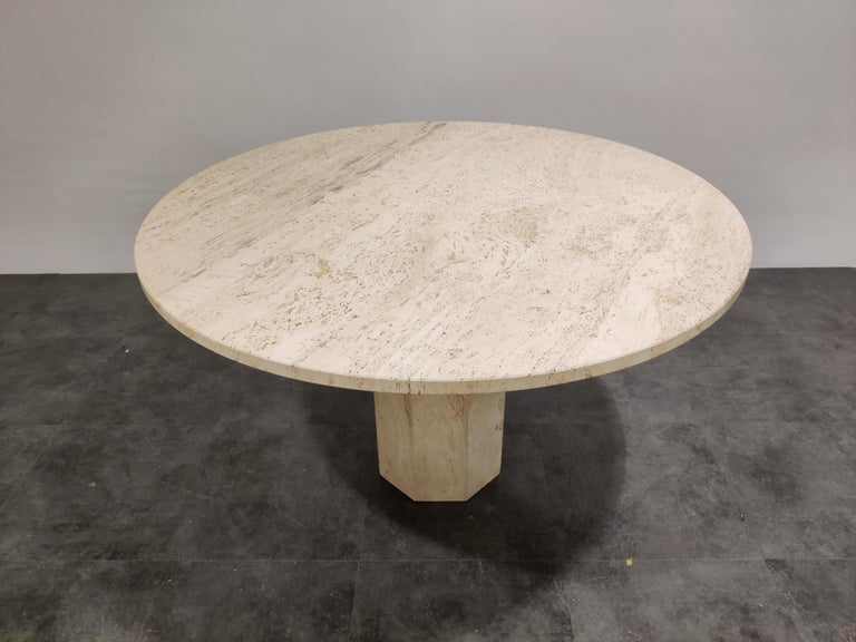 Hollywood Regency Round Italian Travertine Dining Table, 1970s