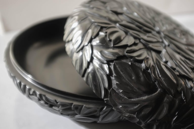 Hand-Carved Round Leaf Design Box, Black Lacquer by Robert Kuo, Limited Edition, in Stock For Sale