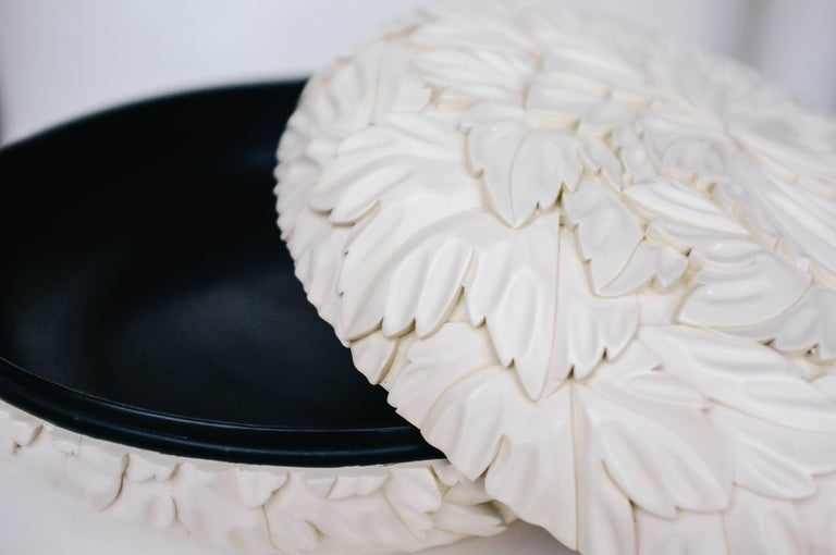 Round Leaf Design Box - Cream Lacquer by Robert Kuo, Limited Edition, in Stock For Sale 2