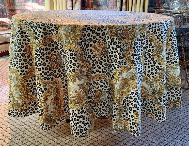 Round Leopard and Chinoiserie Tablecloth For Sale 1