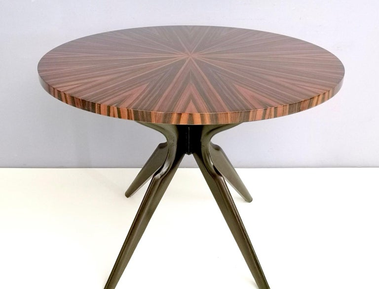 Round Macassar Ebony and Ebonized Beech Dining Table, Italy, 1950s-1960s In Excellent Condition For Sale In Bresso, Lombardy