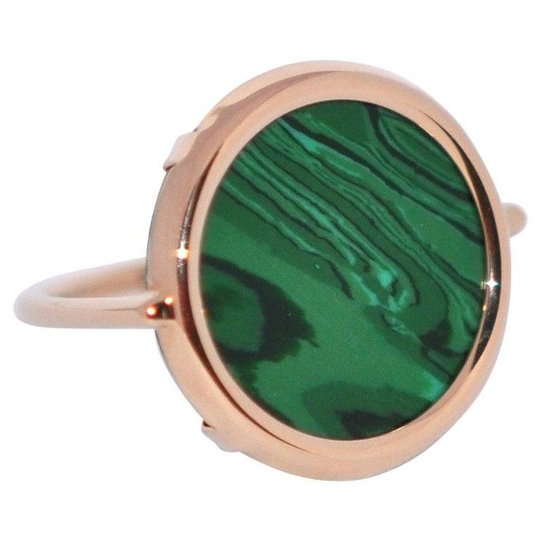 Round Malachite and Rose Gold 18 Karat Fashion Ring For Sale
