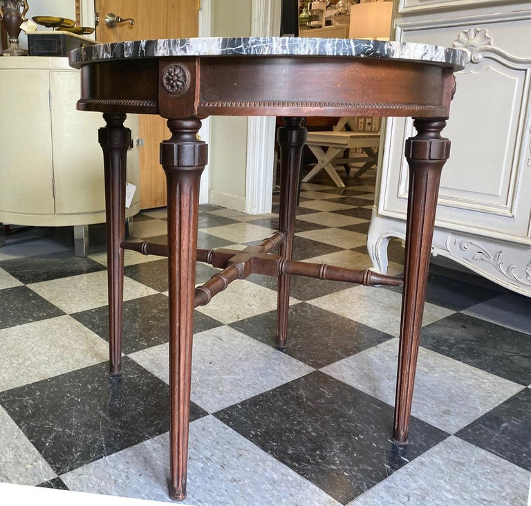 Round Marble-Top End Table For Sale 2