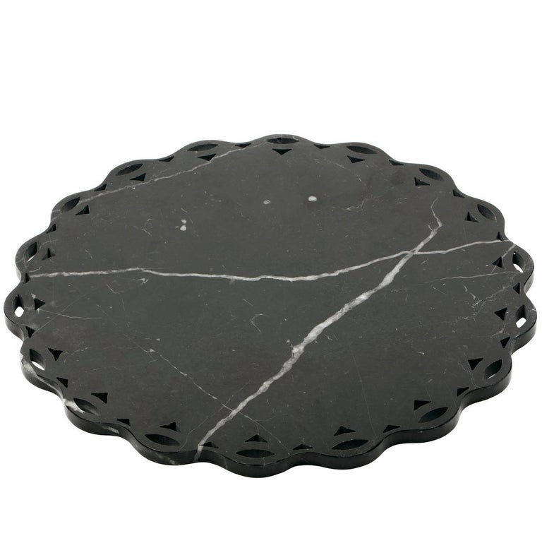 Round Marble Tray or Plate with Scalloped Edge For Sale