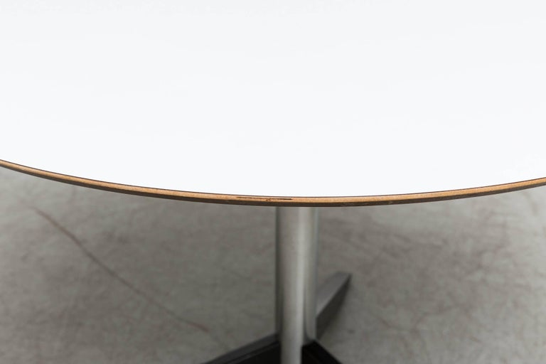 Mid-20th Century Round Martin Visser Dining Table For Sale