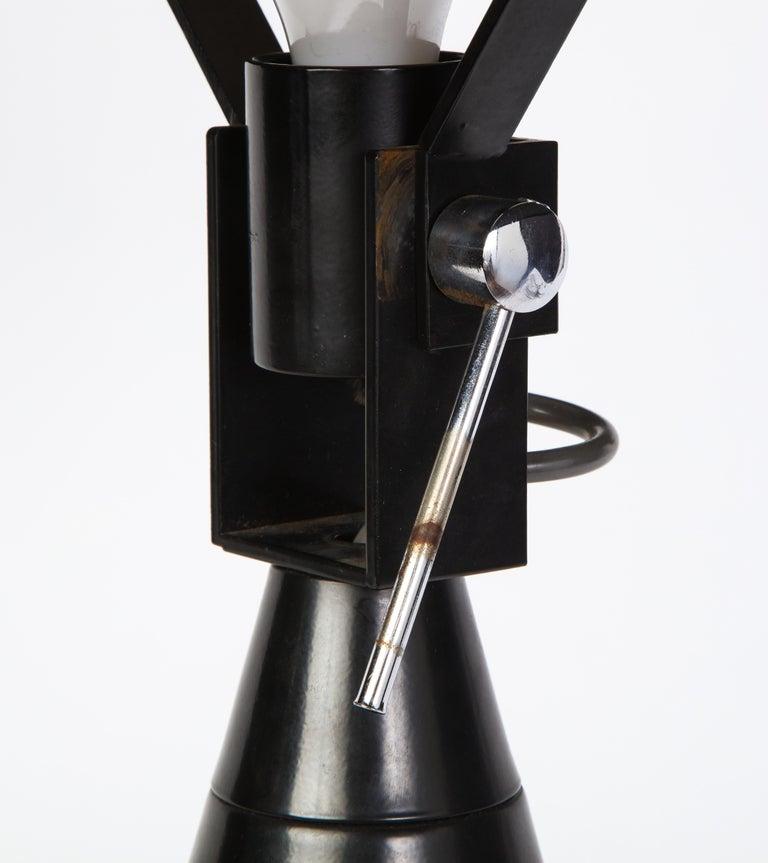 Round Metal Desk Lamp in Black, Modern For Sale 9