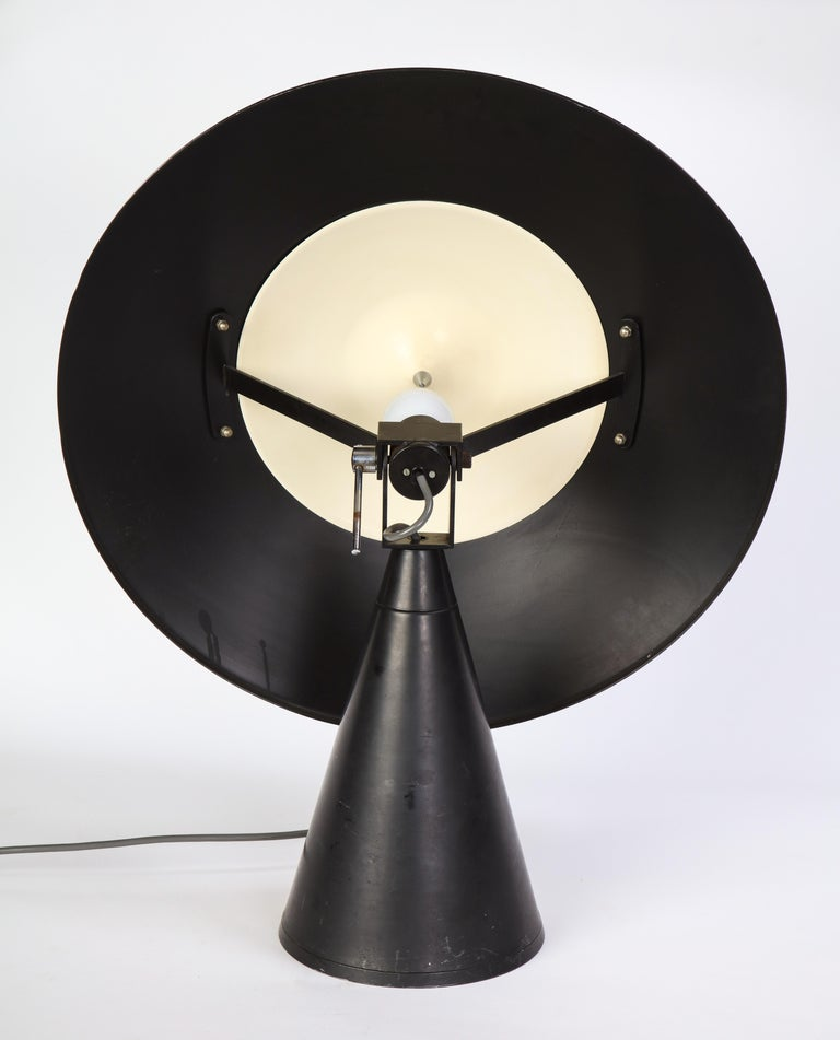 Round Metal Desk Lamp in Black, Modern For Sale 11