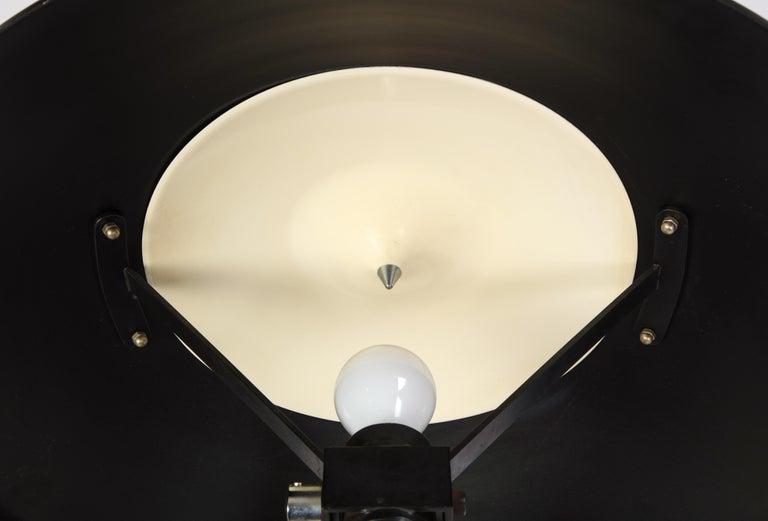 Round Metal Desk Lamp in Black, Modern For Sale 12