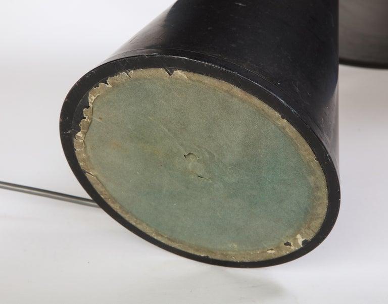 Round Metal Desk Lamp in Black, Modern For Sale 14