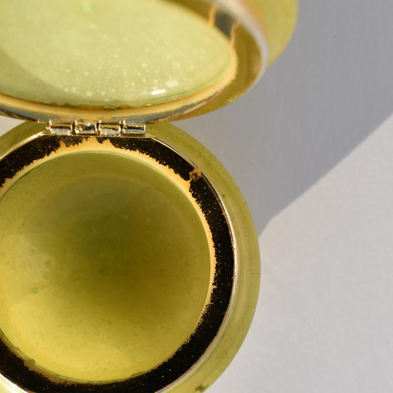 Metal Round Midcentury Green Alabaster Floral Hinged Trinket Box with Lid, Italy For Sale