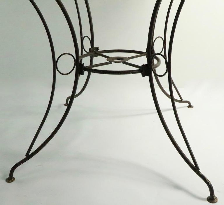 American Round Mid Century Patio Garden Table Attributed to Woodard For Sale