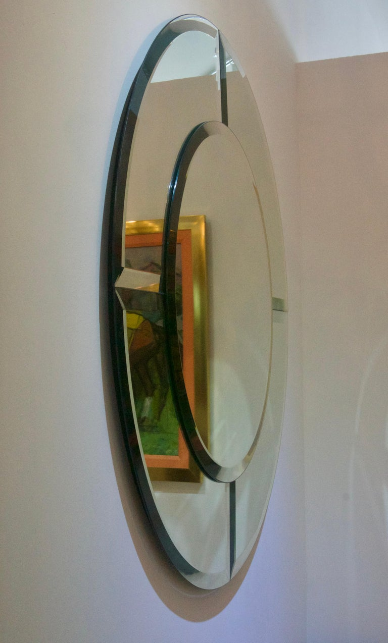 Art Deco Round Mirror with Beveled Edges For Sale