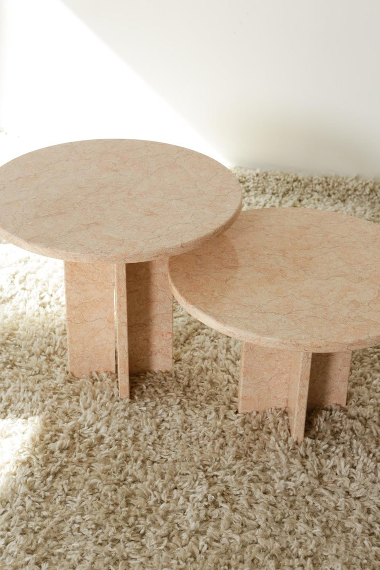 Round Nesting Table in Oriental Pink Marble For Sale 2