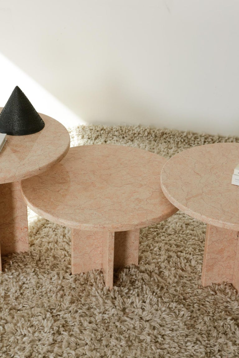 Round Nesting Table in Oriental Pink Marble For Sale 3