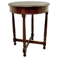 Round Oak Occasional Table, with X Stretcher