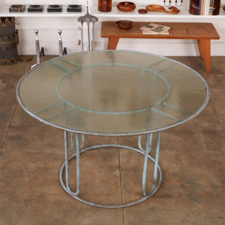 American Round Patio Table with Oxidized Bronze Frame by Walter Lamb for Brown Jordan For Sale