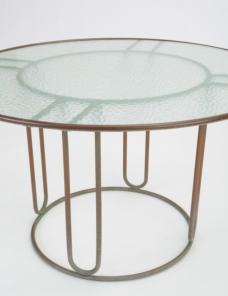 Round Patio Table with Oxidized Bronze Frame by Walter Lamb for Brown Jordan In Good Condition For Sale In Los Angeles, CA