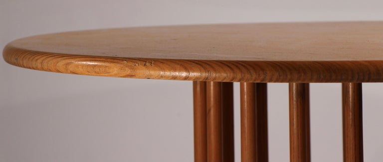 Mid-Century Modern Round Pedestal Dining Table by Helmut Lubke