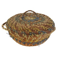 Round Pine Needle Basket Sewing Basket Vintage