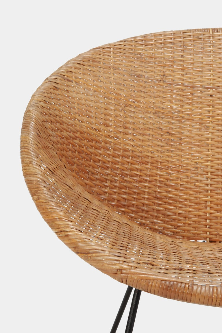 Round Rattan Circle Chair, 1950s For Sale 4
