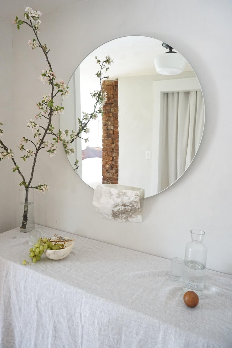 Polished Round Ridge Mirror in with White Alabaster Off-Cut by Ordinal Indicator For Sale