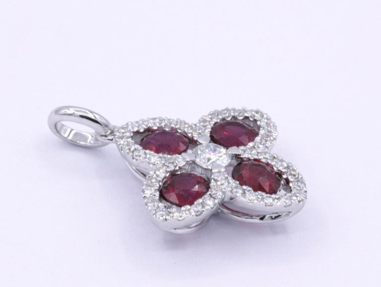 Contemporary Ruby Diamond Flower Pendant 1.08 Carats 18K For Sale